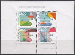 PORTUGAL Block 18, Postfrisch **, Kampf Gegen Das Analphabetentum 1976 - Blocks & Sheetlets