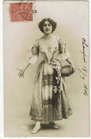 La Soprano Lina Cavalieri En Costume De Scène Avec Tambourin Photo Reutlinger - Opera