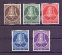 Berlin 1953 - Glocke Mitte - MiNr. 101/105 Postfrisch - Michel 90,00 € (821) - Unused Stamps