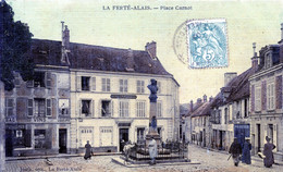 91  LA FERTE ALAIS  PLACE CARNOT - La Ferte Alais