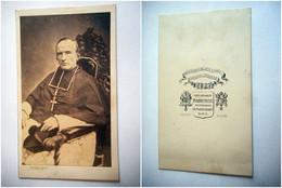 PHOTO CDV 19 EME CURE RELIGIEUX HOMME D EGLISE  Cabinet PIERRE PETIT  A PARIS - Old (before 1900)
