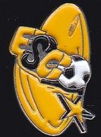 69918- Pin's.Chanaz. Football .l'ESC. - Football