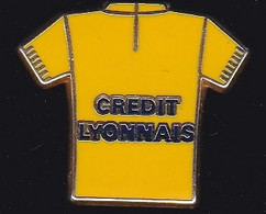 69921- Pin's.tour De France.Cyclisme.Banque.credit Lyonnais.signé Decat Paris. - Cyclisme