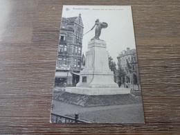 Bruxelles Laeken Monument érigé Aux Héros De La Guerre - Laeken