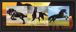 1015/ Bloc Cheval (chevaux Horse Horses) Neuf ** MNH Tirage Privé Vignette Non Dentelé ** (imperforate) - Caballos
