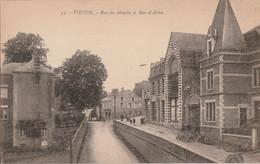 Virton - Rue Du Moulin Et Rue D' Arlon - Animé - Edit. Henri Georges, Bruxelles N° 33 - Virton