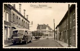 51 - GIVRY-EN-ARGONNE - LA GRAND'RUE - AUTOCAR GIVRY- CHALONS PAR LA MOIVRE - Givry En Argonne