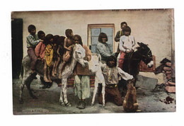 "USA Indian, ""A Pueblo Indian Family"", Pre-1915 Postcard - America"