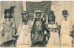 SUD ALGERIEN - Femmes Des Ouled-Naïl - Geiser - Frauen