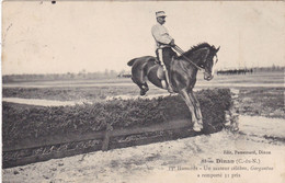 "22. DINAN. CPA .HIPPISME. UN SAUTEUR CÉLÈBRE "" GARGANTUA "". 31 PRIX. 13 ème HUSSARDS. ANNEE 1908 + TEXTE - Dinan"