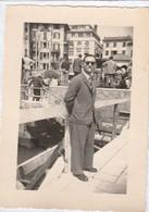 11302.  Fotografia Vintage Rapallo 1952 Uomo - 10x7 - Luoghi