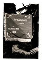 CHASSEURS ALPINS 25EM BCA . MENTON . CEREMONIE ET REMISE DE DECORATION A LA CASERNE. 10 PHOTOS - Guerra, Militari