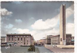 BREST: La Rue De Siam, Monument Aux Morts (Arch.J.B. MATHON Sculpteurs MM.Delamarre Et Veysset) - Brest