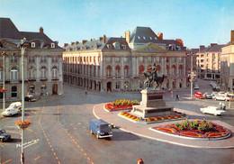 45 - Orléans - Place Du Martroi - Statue De Jeanne D'Arc - Orleans