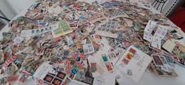 VRAC  EUROPE FRANCE COLONIES FRANCAISES OUTEMER DANS UNE BOITE 1,9 KG - Lots & Kiloware (mixtures) - Min. 1000 Stamps