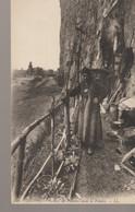 C.P. A. - DIEPPE - GROTTES DE PECHEURS DANS LA FALAISE - L. L. - 240 - - Dieppe