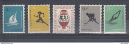 Niederlande Michel Cat.No. Mnh/** 678/682 - Unused Stamps