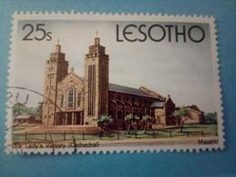 LESOTHO - Timbre De 1980 : Cathédrale Notre-Dame Des Victoires à Maseru - Lesotho (1966-...)