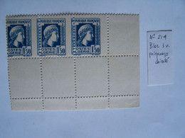 ALGERIE 1944 BLOC NEUF DE 3, BLEU FONCE, PIQUAGE DECALE, N°214 - Nuovi