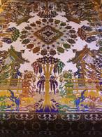 MAGNÍFICA COLCHA EN JACQUARD DE SEDA CON MOTIVOS ORIENTALES DE PRINCIPIOS. S XX - Rugs, Carpets & Tapestry