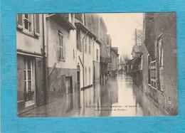 Troyes ( Aube ). - Les Inondations, 22 Janvier 1910. - La Rue Boucher De Perthes. - Troyes