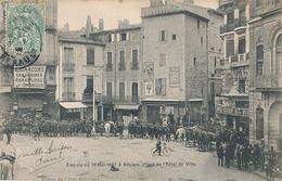 BEZIERS - EMEUTE DU 16 MAI 1907 A BEZIERS (Place De L'hotel De Ville) - Beziers