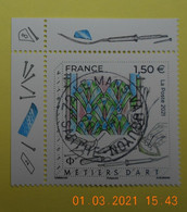 FRANCE 2021  METIERS D'ARTS. VITRAILLISTE   Timbre  Neuf   Cachet   ROND  COIN DE FEUILLE - Used Stamps