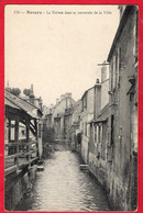 -- NEVERS (Nièvre) - LA NIEVRE DANS SA TRAVERSEE DE LA VILLE -- - Nevers