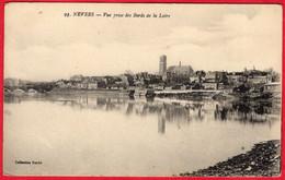 -- NEVERS (Nièvre) - VUE PRISE DES BORDS DE LA LOIRE    -- - Nevers