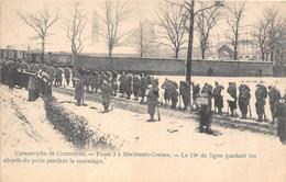 62-COURRIERES-CATASTROPHE DE COURRIERES, FOSSE 3- MERICOURT- CORONS, LE 33e LIGNE GARDANT LES ABORDS DU PUITS .... - Andere Gemeenten