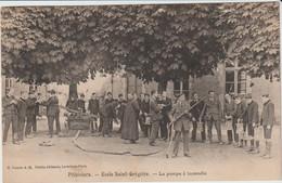 Pithiviers   (45 - Loiret) Ecole Saint Grégoire .La Pompe à Incendie - Pithiviers