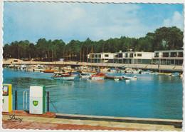 Le Cap Ferret Le Port De La Vigne  ( E.2454) - Andere Gemeenten