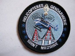 ECUSSON GENDARMERIE NATIONALE HELICOPTERE LE SAG DE SAINT NAZAIRE ETAT EXCELLENT SUR VELCROS - Policia