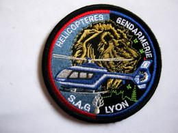 ECUSSON GENDARMERIE NATIONALE HELICOPTERE LE SAG DE LYON ETAT EXCELLENT SUR VELCROS - Policia