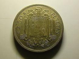 Spain 2 1/2 Pesetas 1953 *56 - Sin Clasificación