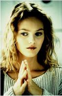 Photo Argentique 16x24 Vanessa Paradis Portrait Mains Jointes - Foto's