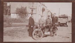 BELGIQUE MILITAIRE ET SA MOTOCYCLETTE CAMION DE BIERE - War, Military