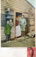 1440..  HAPPY FAMILY IN CHINATOWN - Otros