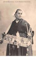 56. N° 55047.sainte Anne Dauray.la Petite Marchande D'objets De Piété - Andere Gemeenten