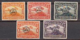 Nicaragua 1937 Service Pour La Poste Aerienne Yvert 19 /23 * Neuf Avec Charniere. T. De PA De 1929 Avec Surcharge - Nicaragua