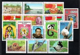 R-15 Madagascar N° 683 à 697 **  à Saisir  !!! - Madagascar (1960-...)