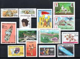 R-15 Madagascar PA N° 177 à 190 **  à Saisir  !!! - Madagascar (1960-...)