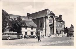 14 - BAYEUX Chambre Artisanale - Gare Des Courriers Normands ( Bus Autocar ) CPSM Photo N/B PF 1940 - Calvados - Bayeux