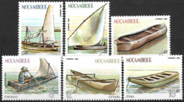 Mocambique – 1982 Traditional Ships Mint Set - Mozambique