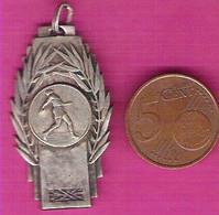 Médaille Sportive Lancer Du Disque Championnat Oriental 1945.46 - Athletics