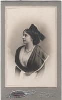 CDV Photo Originale XIXème Arlésienne Belle Tenue Bijoux Par Tourel Arles Cdv3009 - Alte (vor 1900)
