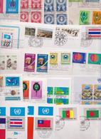 NATIONS UNIES ONU UNITED NATIONS Lot De 329 Enveloppes Et Cartes Premier Jour FDC Cover Issue Maximum Card Flag Series - Collections, Lots & Séries