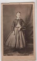 CDV Photo Originale XIXème Petite Fille Belle Robe Par WINTER Strasbourg Cdv3011 - Alte (vor 1900)