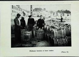 ► (1958) TREGASTEL -  Retour De Pêche Au Port - Coupure De Presse Originale (Encadré Photo) - Historical Documents