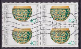 Bundespost 1976 Mi. 898 TArchäologisches Kulturgut Goldverzierte Schale Aus Eniem Keltischen Fürstegrab 4-Block !! - Blocs
